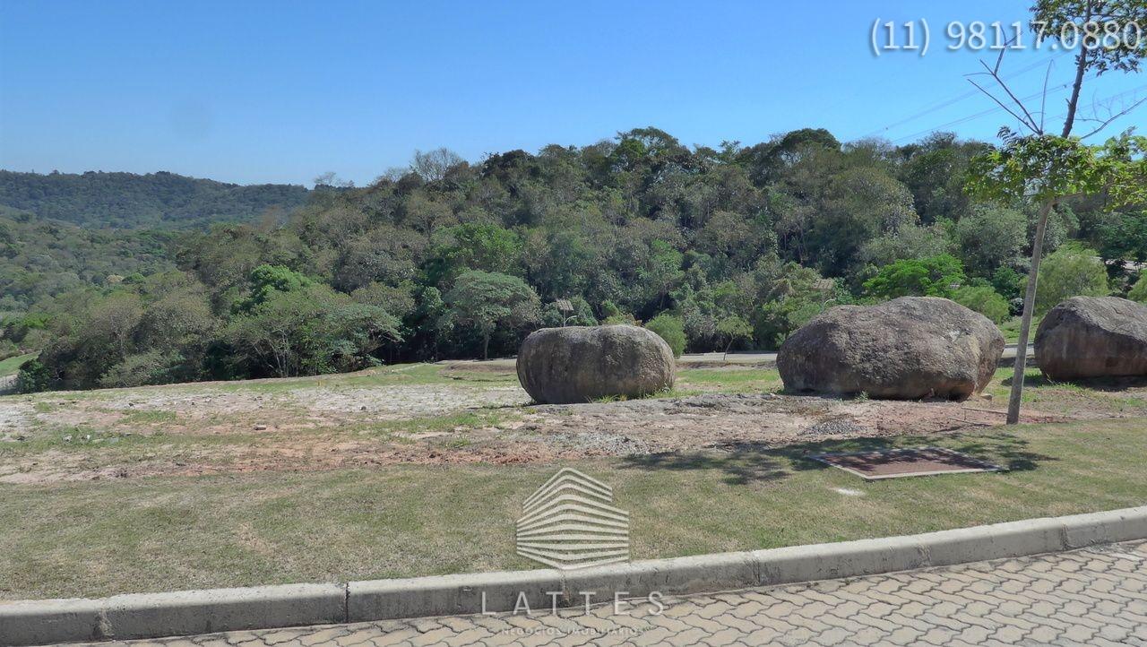 ESQUINA - PR�XIMO AO CLUBE
